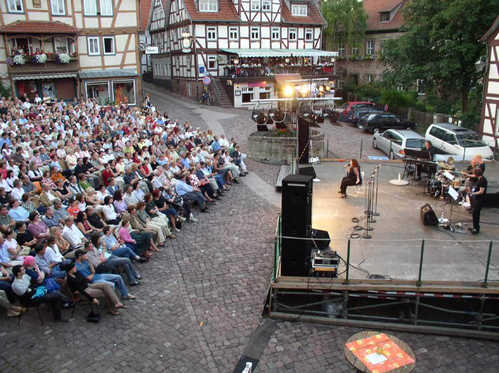 Bad Hersfelder Festspiele - one of several top events in the area arround Schlitz shows a  special performance on the marketplace in Schlitz - right in front of the house with the apartment and guest rooms.