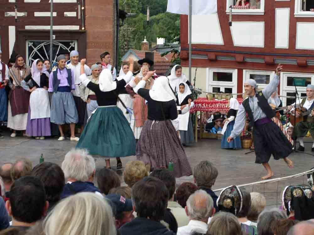Bald ist es wieder soweit: Das Schlitzer Trachtenfest hält Einzug in die Burgenstadt (Foto: ferienwohnung-schlitz.de)