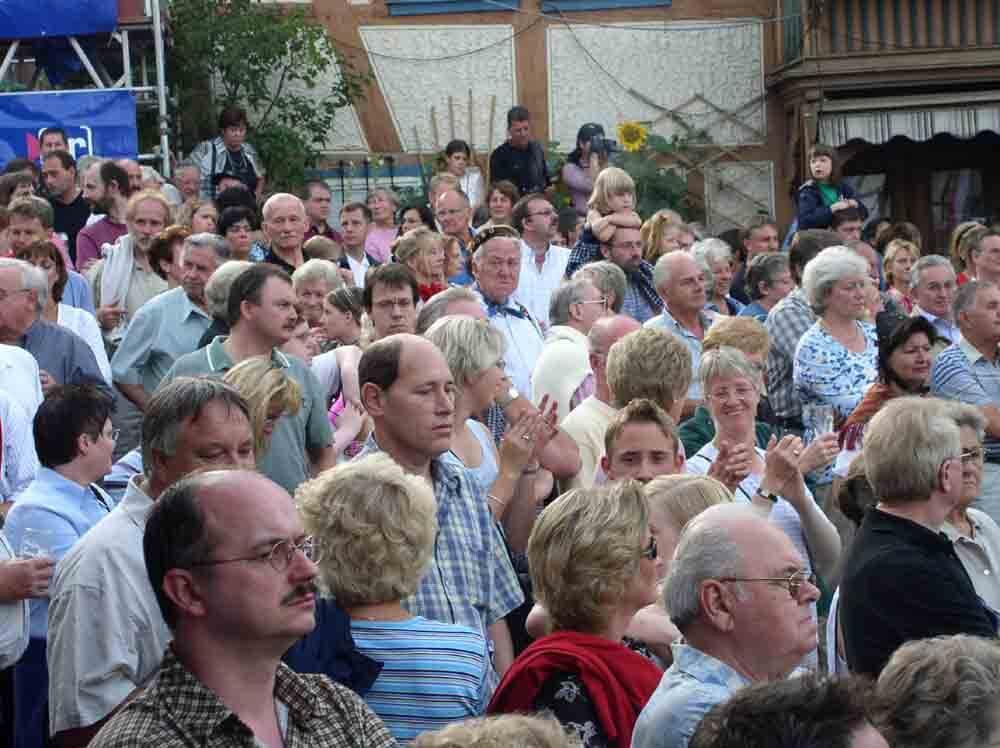 Tanzen, Schauen, Singen, Schunkeln, Trinken, Feiern: Das Trachtenfest ist pure Völkerverständigung (Foto: ferienwohnung-schlitz.de)