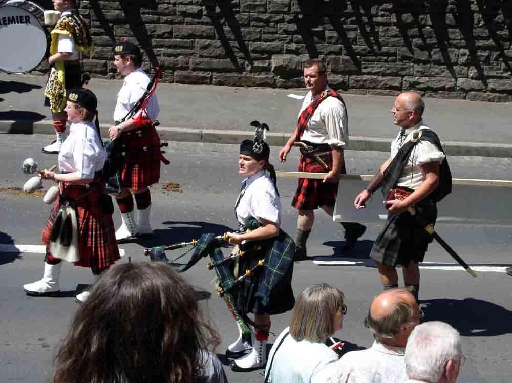 Der Festumzug findet am Trachtenfest-Sonntag mittags ab 14 Uhr statt und geht einmal durch die Kernstadt (Foto: ferienwohnung-schlitz.de)
