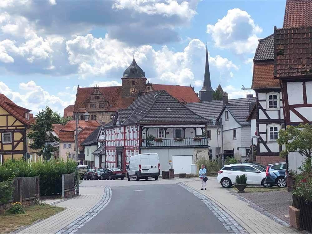 Panorama-Blick_Ensemble_Burgenstadt-Schliitz_Vogelsberg-in-Hessen_ferienwohnung-schlitz.de